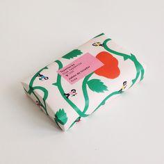 Works / Les Topettes, sabó de rosa