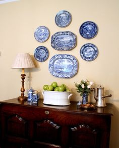 plate display