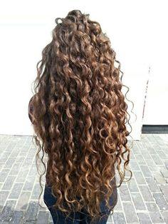 naturligt lockigt hår