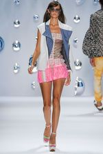 Custo Barcelona Spring 2013 Ready-to-Wear Collection on Style.com: Complete Collection