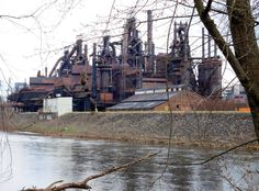 Old blast furnaces of the Bethlehem Steel Plant seen from Sand Island across the Lehigh River. Bethlehem Steel, Bethlehem Pa, Sand Island, Steel Mill, Industrial Photography, Lehigh Valley, Factories, Model Trains, Painting Techniques