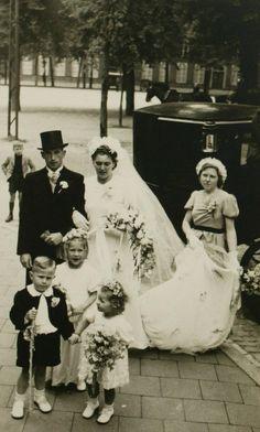Marriage Waegemakers - Kreté, Stadsarchief 's-Hertogenbosch, CC BY-SA Wedding Ceremony, Marriage, Artwork, Movies, Movie Posters, Valentines Day Weddings, Work Of Art, Auguste Rodin Artwork, Films