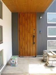 「ガルバリウム外壁 木製玄関ドア」の画像検索結果 Door Design, House Design, Creative Area, Dream House Exterior, Japanese House, Curb Appeal, Interior Styling, Tall Cabinet Storage, Entrance