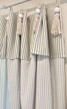 DIY Pottery Barn Inspired Tassel Ticking Stripe Curtains - Celebrated Nest Source by chrisjnash Pottery Barn Curtains, Farmhouse Curtains, Burlap Curtains, Drapes Curtains, Diy Tassel Curtains, Cottage Curtains, Curtains Living, Cortinas Boho, Striped Curtains
