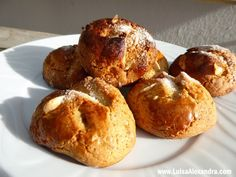 Biscuits, Good Food, Yummy Food, Bread And Pastries, Portuguese Recipes, Cake Cookies, Baked Goods, Cookie Recipes, Deserts
