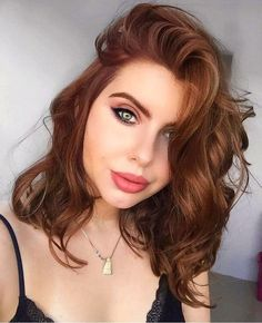 Find the copper hair shadow that will work for your image shadow Ombre Hair Color For Brunettes Copper Find hair Image shadow Work Hair Color Shades, Ombre Hair Color, Cool Hair Color, Brown Hair Colors, Igora Hair Color, Light Auburn Hair Color, Brown Auburn Hair, Hair Color For Fair Skin, Dark Auburn