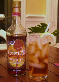 PEACH FIZZ:: One part – Firefly Peach Sweet Tea Vodka, One part – Ginger Ale