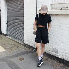 TOXICATED MADEMOISELLE - Topman Board Shorts, H&M Cropped Top, Primark Suede Cap, Lamoda Bag, H&M Sneakers - BLVCK ft. TVUPE