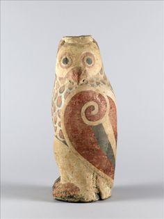 Owl -  1st century B.C. Late Western Han Dynasty (206 B.C. – 9 A.D.) Painted terra cotta H : 36 cm L : 13.2 cm