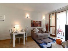 Dai un'occhiata a questo fantastico annuncio su Airbnb: Beautiful central+terrace+parking - Appartamenti in affitto a Milano