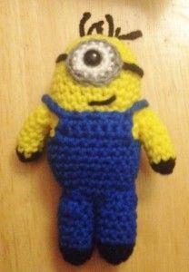 Crochet Minion by Jaime D. Designs  http://jaimeddesigns.storenvy.com/products/2785047-minion-toy