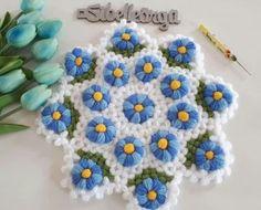 El Örgüsü Lif Modelleri Crochet Doilies, Crochet Flowers, Knit World, Knitting Stitches, Crochet Necklace, Crochet Patterns, Blanket, Crafts, Trapper Keeper