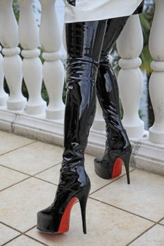 Lovely pair of very shiny otk stiletto boots with a red sole. Thigh High Boots Heels, Stiletto Boots, Hot High Heels, Heeled Boots, Crotch Boots, Sexy Stiefel, High Leather Boots, Nylons Heels, How To Make Shoes