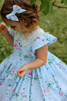 Beautiful vintage inspired dress made with Elea Lutz' Strawberry Biscuit fabric line #ilovepennyrose #fabricismyfun