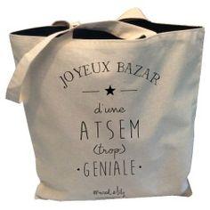 """Tote-Bag réversible """" Joyeux bazar d'une ATSEM trop géniale"""" Tote Bag Maitresse, Diy Cadeau Maitresse, Diy Presents, Diy Gifts, Silhouette Portrait, Silhouette Cameo, Diy Couture Cadeau, Tods Bag, Diy Tote Bag"""
