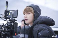 Spring Day, MV shooting Taehyung, V Daegu, Jimin, Bts Bangtan Boy, Bts Hd Pictures, Foto Bts, K Pop, Fanfiction, Bts You Never Walk Alone, Bts Spring Day