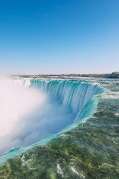 Travel Plan: Exploring Toronto to Niagara Falls Ontario Travel, Toronto Travel, 7 Places, Places To Travel, Beautiful Places To Visit, Cool Places To Visit, Wonderful Places, Canada Niagra Falls, Best Helicopter