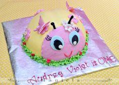 Hanielas: Ladybug Cake