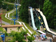 The Alpine Slide in Gatlinburg, Tennessee Ober Gatlinburg Ober Gatlinburg, Gatlinburg Vacation, Gatlinburg Tennessee, Tennessee Vacation, Pigeon Forge Tennessee, Vacation Places, Vacation Destinations, Vacation Trips, Dream Vacations
