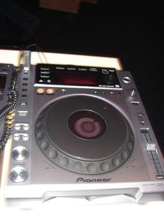 International DJ Expo 2010 Pictures - New DJ Gear / Exhibition Booths: Pioneer CDJ-850
