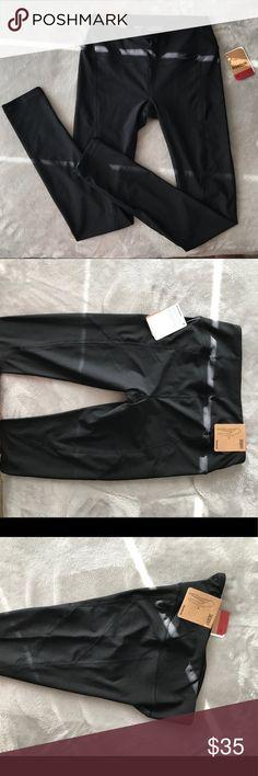 Reebok leggings New, comfortable! Reebok Pants Leggings