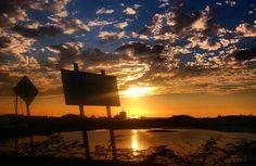 Fotografía: @damron  Usando: #IgersFalcon ---------------------------------------- Por la carretera ----------------------------- ---------- #picoftheday #photooftheday #igersvenezuela #socialmedia #photo #sunrise  #instagood #sunset #falcon #venezuela #paraguana #elnacionalweb #phoneography #pic #share #pfgcrew #sky #puntofijoguia #atardecer #cielo by @igersfalcon