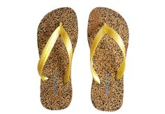 "Flip Flop - Cork&Rubber 33 are made from recycled rubber and cork and are, therefore, one of the world's most environmentally-friendly flip flops.  These ""havaianas"" inspired quality cork flip flops have catapulted the beach flip flop into the spotlight by combining its chic versatility with environmentally-friendly and sustainable materials, thus contributing to a more sustainable planet."