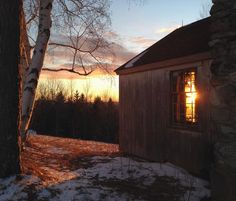 The days are getting longer and the sunsets are feeling warmer. #cabin #solitude #sunset #vt #vermont #vermontlife #rustic