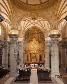 San Sebastian, Spain ✈ Destination Wedding Venue Spotlight: San Maria del Coro Basilica