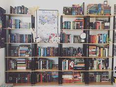 Então, independentemente do seu estilo… | 24 estantes que vão provocar arrepios em qualquer amante de livros