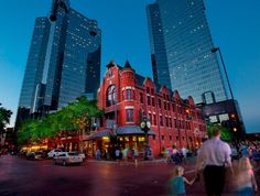 Sundance Square - This popular spot is the home to a wide variety of annual festivals, including the Lone Star Film Festival, Ft. Worth Main Street Arts Festival and many others.