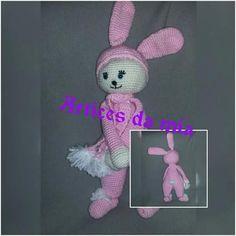 Boneco em crochet com +/- 37cm, confecionada com lã 100% acrílica olhos e nariz com trava de segurança