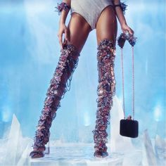 Enjoy your ultimate Ice Queen moment with these over the knees boots by @sophiawebster . . #dubaisocialdiaries #sophiawebster