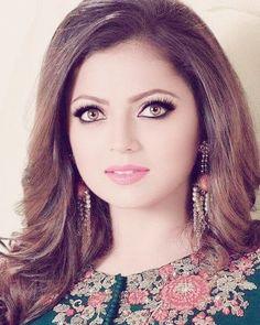 Indian Tv Actress, Indian Actresses, Tv Actors, Actors & Actresses, Drashti Dhami, Star Girl, Indian Beauty, Bollywood Actress, New Fashion