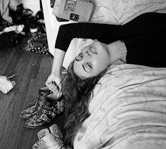 Daily Phoebe Tonkin