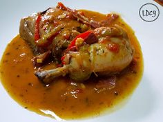 LOS DOMINGOS COCINO YO: POLLO AL CHILINDRÓN Thai Red Curry, Meal Prep, Chicken Recipes, Easy Meals, Food And Drink, Cooking Recipes, Yummy Food, Diet, Ethnic Recipes