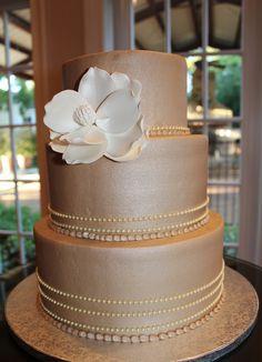 Sophisticated neutral wedding cake. rockwallchapel.com