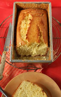 The Best Damn Meyer Lemon Cake