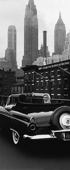 Marilyn Monroe and Arthur Miller in NYC. Photo by Sam Shaw, 1957.