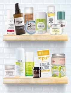 Naturkosmetik Deo-Test – wir haben eine Top 15 mit natürlichen Deodorants für euch zusammengestellt und verraten, worauf ihr beim Deo-Kauf achten solltet!