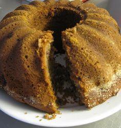 suuri ja mehevä puolukkakakku: My Favorite Food, Favorite Recipes, Finnish Recipes, Cake & Co, Pastry Cake, Bread Baking, No Bake Cake, Banana Bread, Cake Recipes