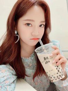 South Korean Girls, Korean Girl Groups, Kim Sejeong, Jellyfish Entertainment, K Pop Star, Sooyoung, Kpop Girls, Pop Idol, Babies