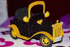 Si te has iniciado en el mundo de las fofuchas,seguro que te gustaría hacer este bonito coche. ¡Ya puedes con ayuda de este tutorial!