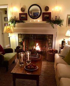 48 classic traditional living room decor ideas 19 ⋆ All About Home Decor Home Living Room, Living Room Designs, Cottage Living Rooms, Primitive Living Room, Living Room Tables, Country Living Rooms, Cozy Living Room Warm, English Living Rooms, Cottage Bedrooms