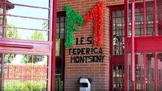 REPORTAJE / El Instituto de Educación Secundaria Federica Montseny es el único centro de Formación Profesional específica de Fuenlabrada. Cuenta con una amplia oferta educativa tanto en la rama de Administración y Gestión como en la de Comercio y Marketing. Neon Signs, Marketing, Labor Bag, Centre, News