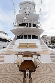 2016 Viking Yachts 92 Skybridge Power Boat For Sale - www.yachtworld.com