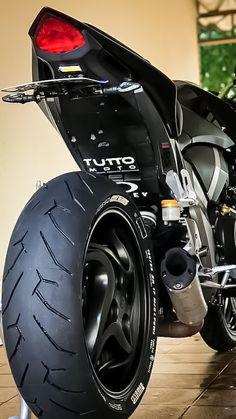 Honda Cb1000r, Cb 600 Hornet, Black Panther Marvel, Cars And Motorcycles, Motors, Bike, Wallpapers, Vehicles, Design