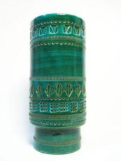Green vase made in Italy by Bitossi Vases, Turquoise Bracelet, Mid Century, Pottery, Italy, Hand Written, Retro, Aldo, Green