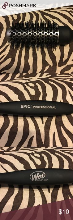 Epic Professional brush Never used Epic Professional wet brush pro Epic Professional Accessories Hair Accessories