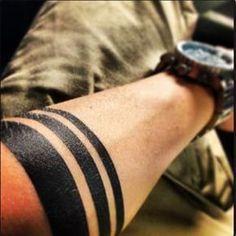 Resultado de imagem para arm stripes tattoo